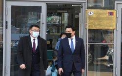 Хотын дарга, Шадар сайд нар Хятадын вакциныг хийлгэлээ
