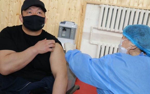 Олимп, паралимпийн тамирчдын вакцинжуулалт эхэллээ