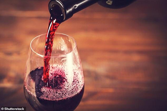 Хямд дарсыг үнэтэй гэж итгэвэл илүү дээр амтагддаг болохыг баталжээ