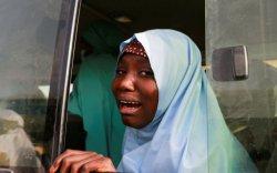 Хулгайлагдсан 279 охиныг гэртээ эргэн ирэх үед мөргөлдөөн болов