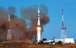 """ОХУ: NASA """"Союз"""" хөлөг ашигласаар буй нь дотоодын пуужиндаа итгэхгүй байгаагийнх"""