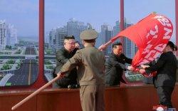 Ким Жон Ун нийслэл хотдоо 10 мянган орон сууц барина