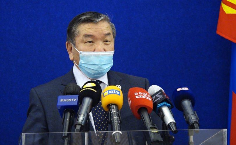 С.Ламбаа: ЕТГ-ынхныг вакцинд хамруулахгүй, гадуурхаж байна