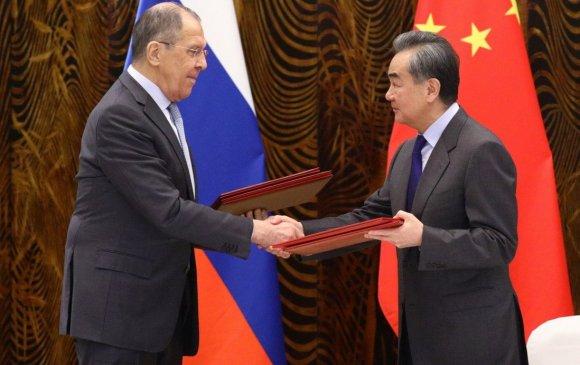 Хятад, Орос хоёр АНУ-ын эсрэг хүчээ нэгтгэлээ