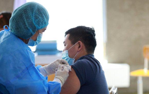 Вакцин хийлгэсний дараа шинжилгээгээр Covid-19-тэй гарахгүй