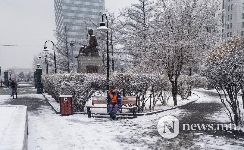 Улаанбаатарт өдөртөө 0 градус орчим, цасан шуургатай
