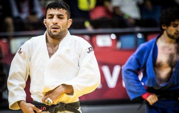 Саид Моллаей хүрэл медаль хүртлээ