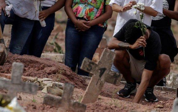 Бразилд 24 цагийн дотор 4195 хүн цар тахлаар нас барав