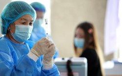 Хөхүүл хүн коронавирусийн вакцин хийлгэж болно
