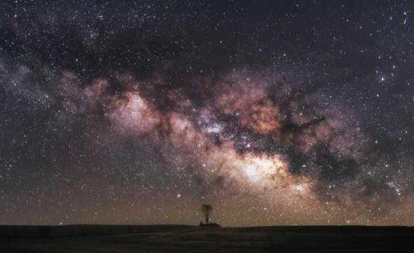 NASA од эрхэсээр хөгжимдөж үзүүлэв