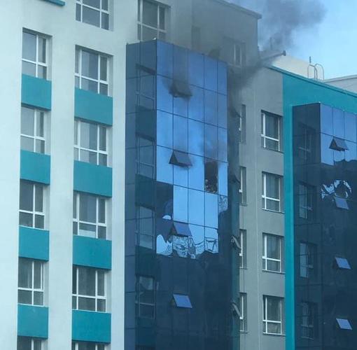 Санто хотхоны барилгад гал гарч, угаартсан 8 хүнийг эмнэлэгт хүргэжээ