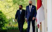 Японы Ерөнхий сайд АНУ-д айлчилж байна