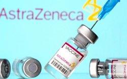 """""""AstraZeneca""""-гийн вакциныг 50-иас доош насныханд хийхгүй"""