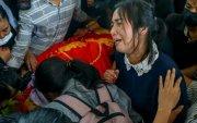 """Мьянмарын арми амь үрэгдэгсдийн цогцсыг ар гэрт нь 85 ам.доллараар """"зарна"""""""