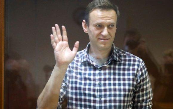 """""""Навальный хэзээ ч үхэж магадгүй байдалтай байна"""""""