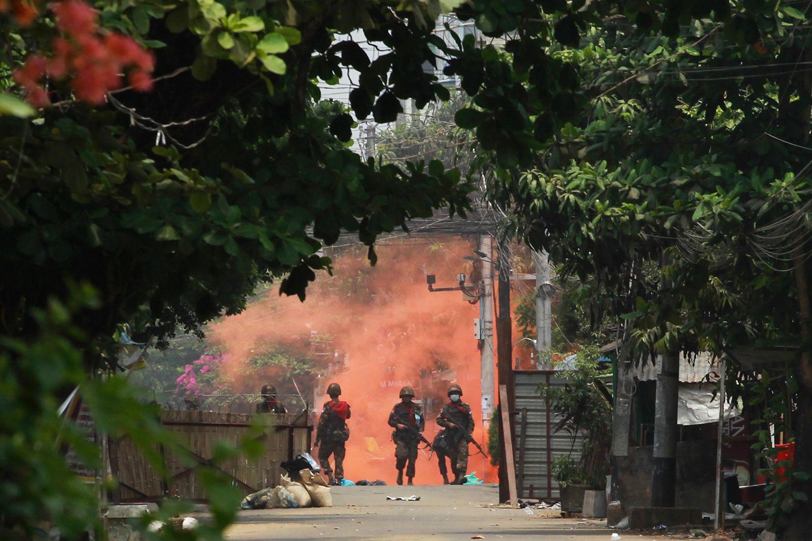 https___cdn.cnn.com_cnnnext_dam_assets_210331013044-02-myanmar-unrest-0330