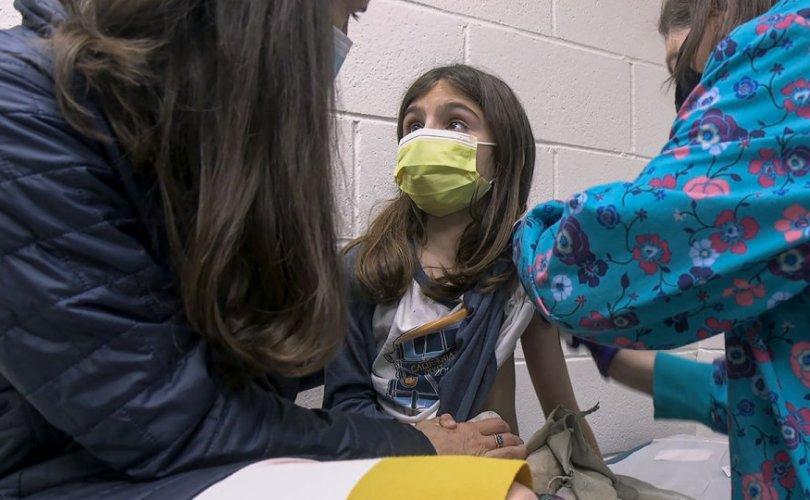 """""""Pfizer/BioNTech""""-ийн вакцин хүүхдэд 100 хувийн үр дүн үзүүлжээ"""