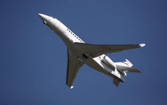 Энэтхэгийн толгой баячууд хувийн онгоцоор эх орноосоо зугтаж байна
