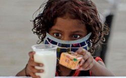 Цар тахлаас болж Энэтхэгт олон зуун хүүхэд өнчирчээ