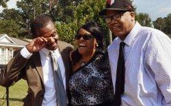 30 гаруй жил хилсээр хоригдсон ах, дүү хоёрт 75 сая доллар олгоно