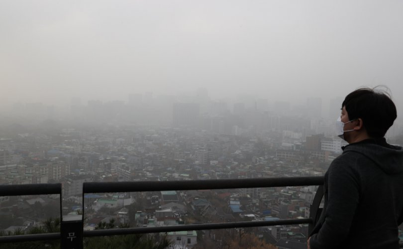 Монгол, Хятадаас үүдэлтэй шуурга Өмнөд Солонгосыг дахин нөмөрчээ