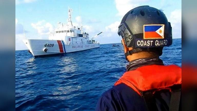 Филиппин: Хятадын хөлөг онгоцууд зайлцгаа