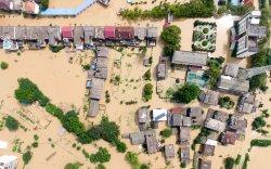 БНХАУ-д бороо их орж, эрх баригчид зуны үерт бэлдэж эхэлжээ