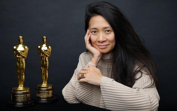 """Оскарын үдшийг эзэгнэсэн """"нүүдэлчин"""" бүсгүй"""