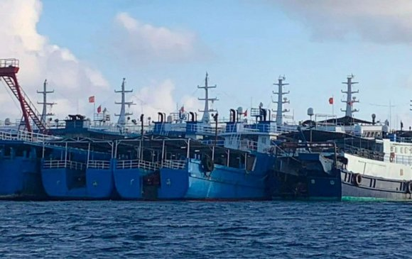 Филиппиний ойролцоох Хятадын завинууд тагнуулын сүлжээ юу?