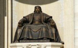 Францад Чингис судлалыг сонирхох хандлага нэмэгджээ