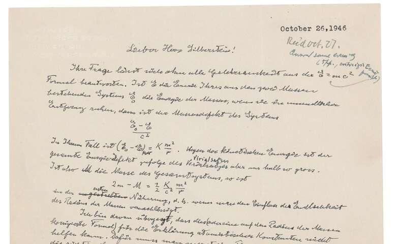Эйнштэйний гар бичмэл 1,2 сая доллараар зарагджээ