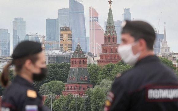Москвад ажилчдыг 7 хоног цалинтай амраахаар болжээ