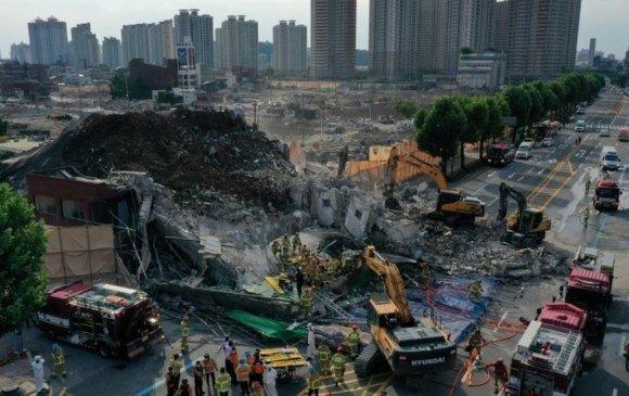 Өмнөд Солонгост хуучны барилга нурж, 9 хүн амь үрэгдэв