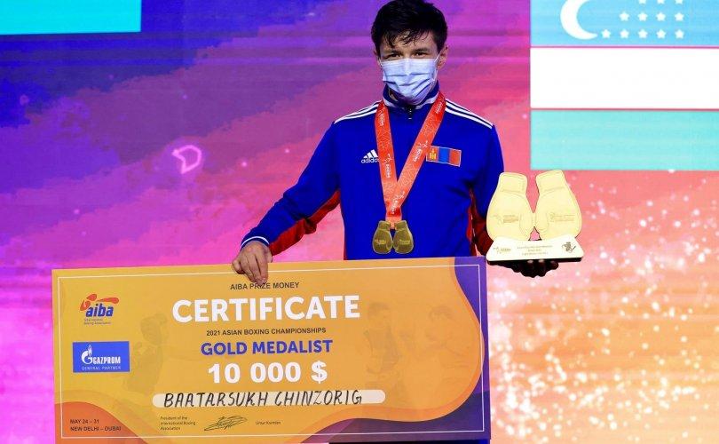 Монголын боксчид Азийн аваргаас гурван алт хүртлээ