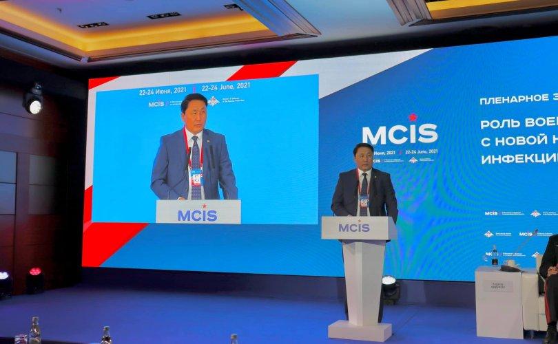 Батлан хамгаалахын сайд Г.Сайханбаяр Москвагийн бага хуралд илтгэл тавилаа