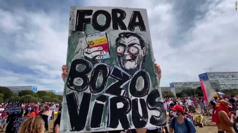210531114148-bolsonaro-brazil-protests-romo-pkg-2-exlarge-169