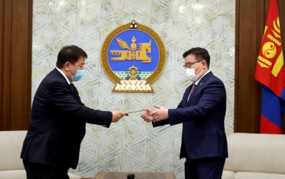 Монгол Улсын Ерөнхийлөгчийн сонгуулийн дүнг УИХ-д өргөн барилаа