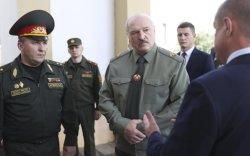 Лукашенкогийн эсрэг олон улс нэгдэж, Беларусийг хавчиж эхлэв