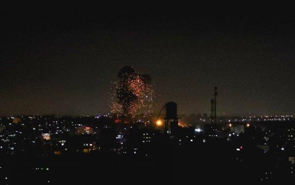 Израиль Газын зурвасыг хоёр дахь өдрөө үргэлжлүүлэн бөмбөгдөж байна