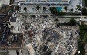 Майамид 12 давхар барилга нурж, 99 хүн олдоогүй байна