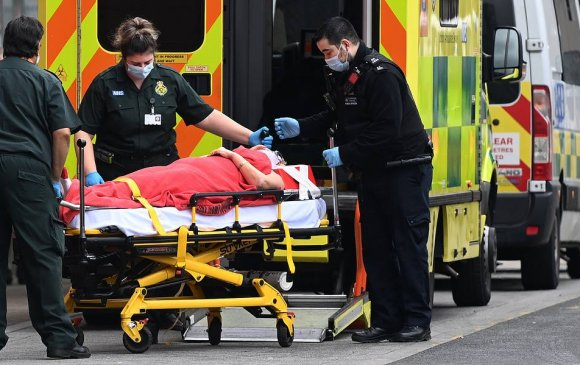 Covid-19: Их Британид хоногт нэг ч нас баралт бүртгэгдсэнгүй