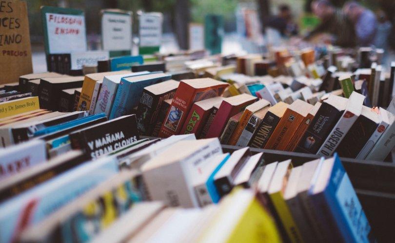"""""""Номын баяр""""-ыг нийтийн амралтын өдөр болгох хуулийн төслийг хэлэлцэнэ"""