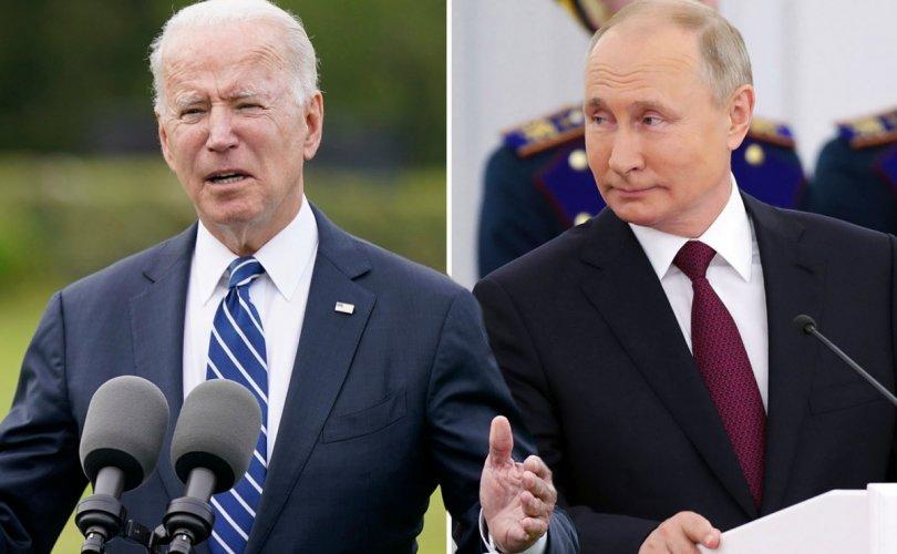 Путин: Байден бол карьер хөөгч