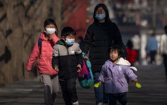 Хятад улс гурван хүүхэдтэй байхыг зөвшөөрлөө