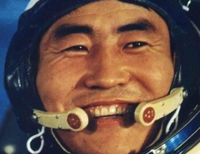 Хөдөлмөрийн баатар, сансрын нисгэгч М.Ганзориг таалал төгсчээ