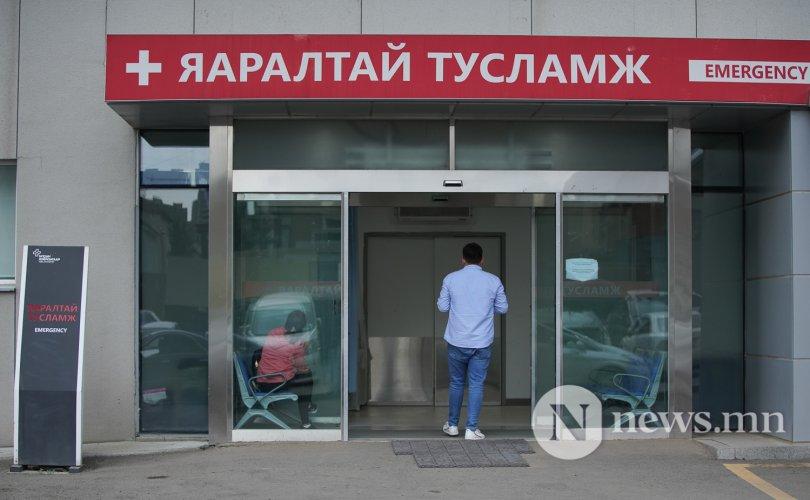 Сурвалжлага: Монголчууд хоол, архи хоёртоо хордож байна
