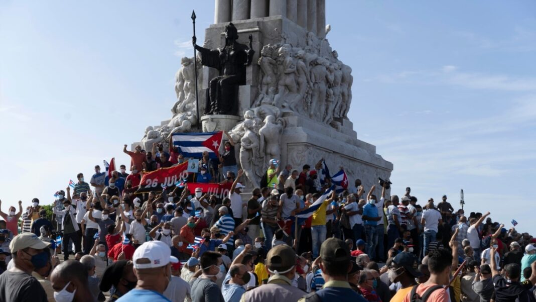 1626209997_Demonstration-in-Cuba-Gets-Global-Support-1068x601