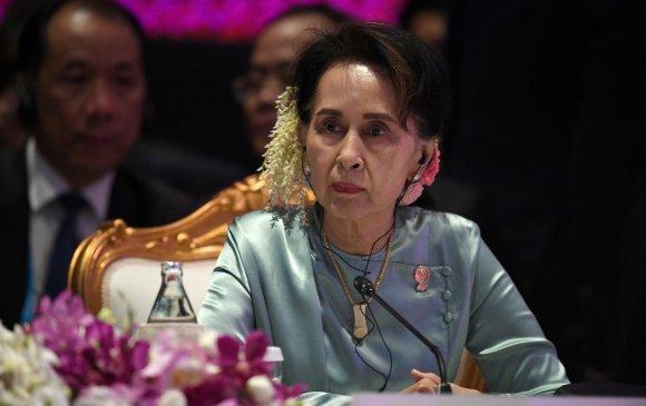 Аун Сан Су Чигийн эсрэг дахин дөрвөн хэрэг шинээр нээжээ