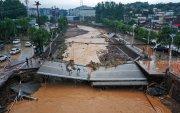 Хятадад үер 33 хүний амийг авч, дэд бүтцийг нь сүйтгэжээ
