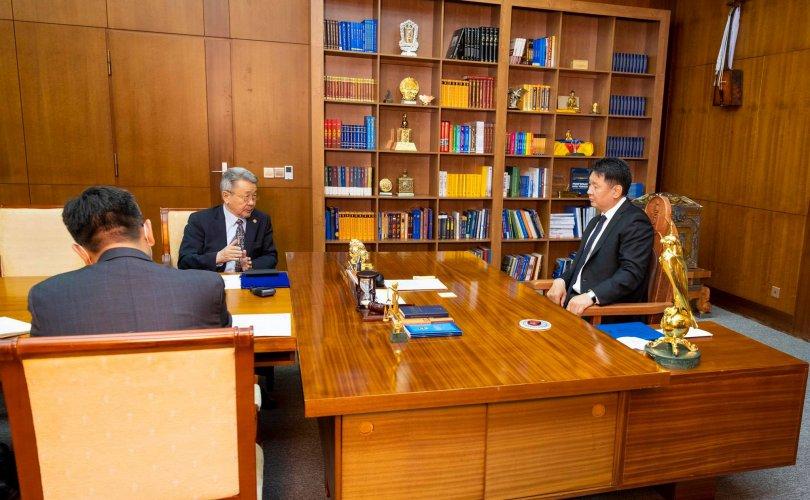 Монгол Улсын Ерөнхийлөгч У.Хүрэлсүх эрдэмтдийг дэмжин ажиллана